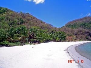 Santelmo Cove, Hamilo Coast, Philippines ©YangMinLi Image Source: http://www.flickr.com/