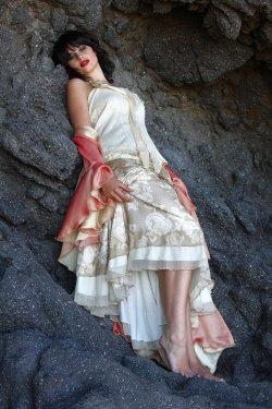 Image Source: http://cathleentarawhiti.deviantart.com/ © Photography by Cathleen Tarawhiti 2007 - 2012